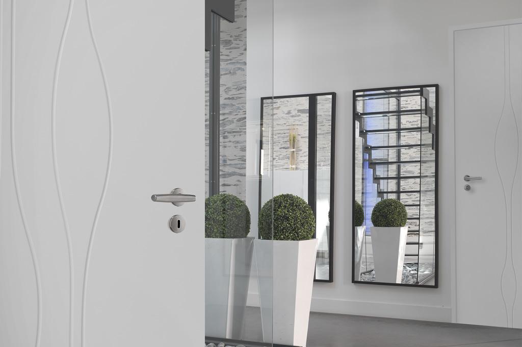 portes grav es technid cor. Black Bedroom Furniture Sets. Home Design Ideas
