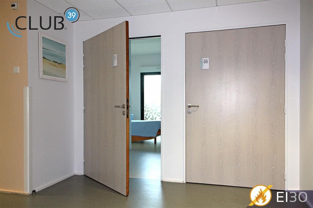 HUET_Porte_Club_39_EI30_Photo_04.jpg